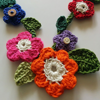 Crochet flower necklace detail